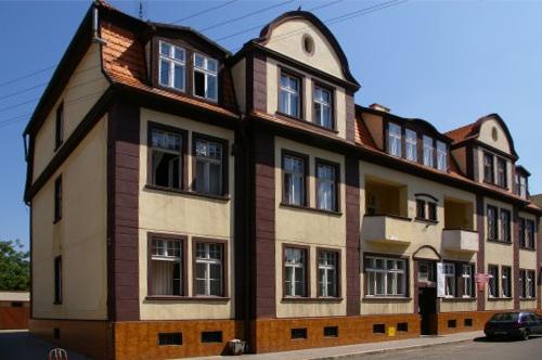 Budynek PZZLA (zdjęcie z 2009-04-10)